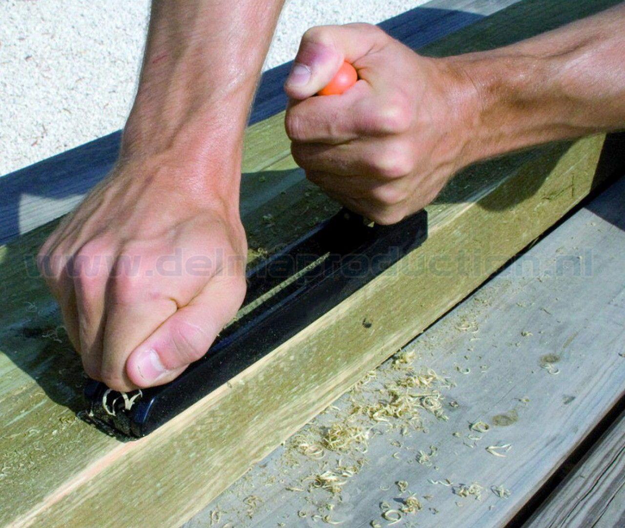 Gipsplaten en hout rasp Afmeting rasp:  200 x 40 mm. met verstelbare handgreep. (3)