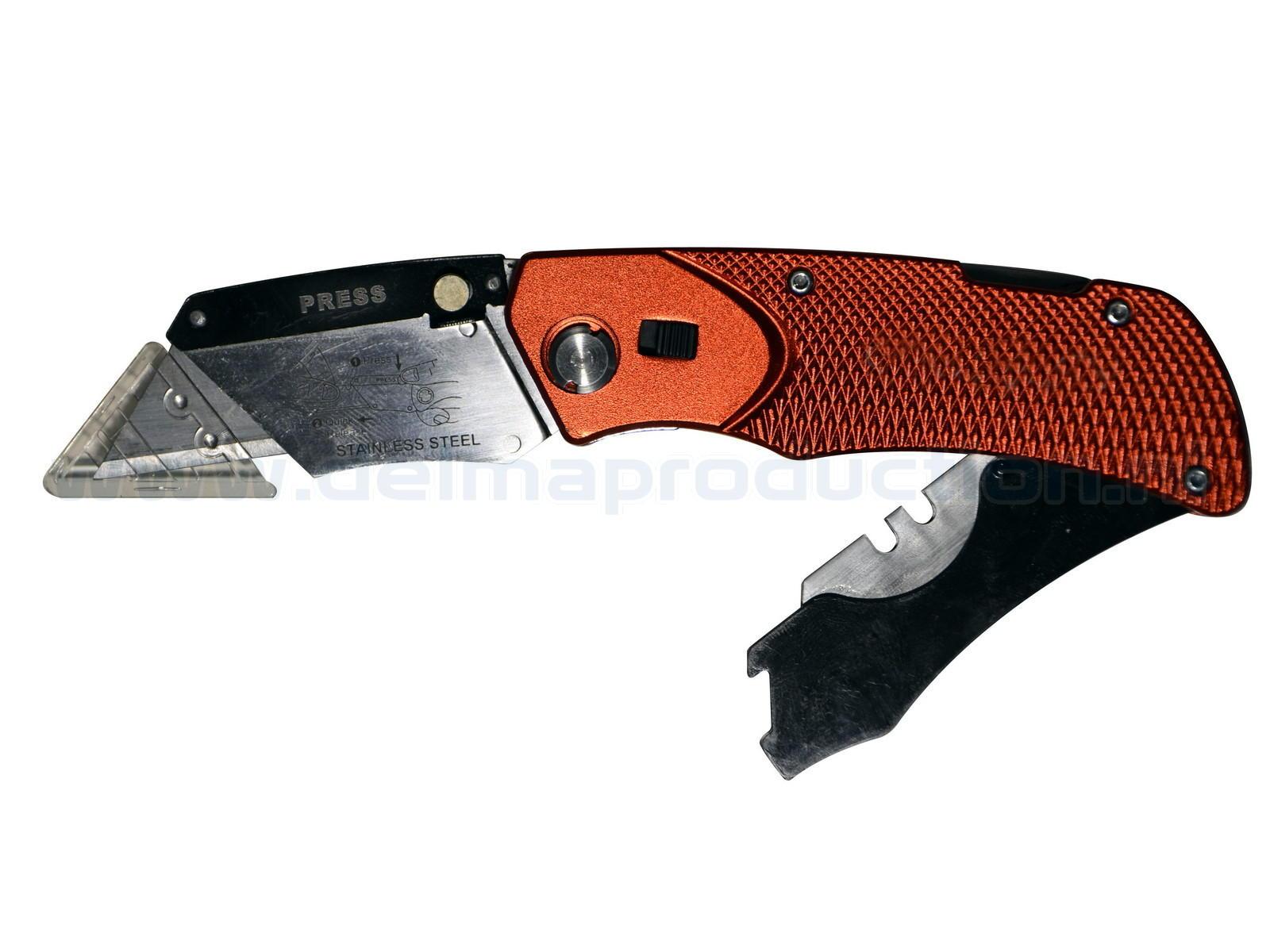 Gipsplaten en tapijt snijmes Inklapbare tapijt en gips-  platensnijder, met 4 messen en veiligheidshouder voor bevestiging aan een riem.  (1)
