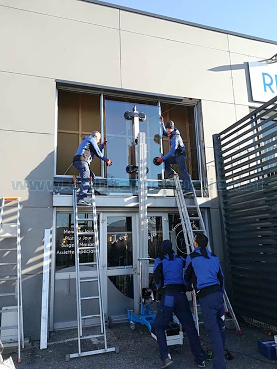 Glass mounting lift electric (5)