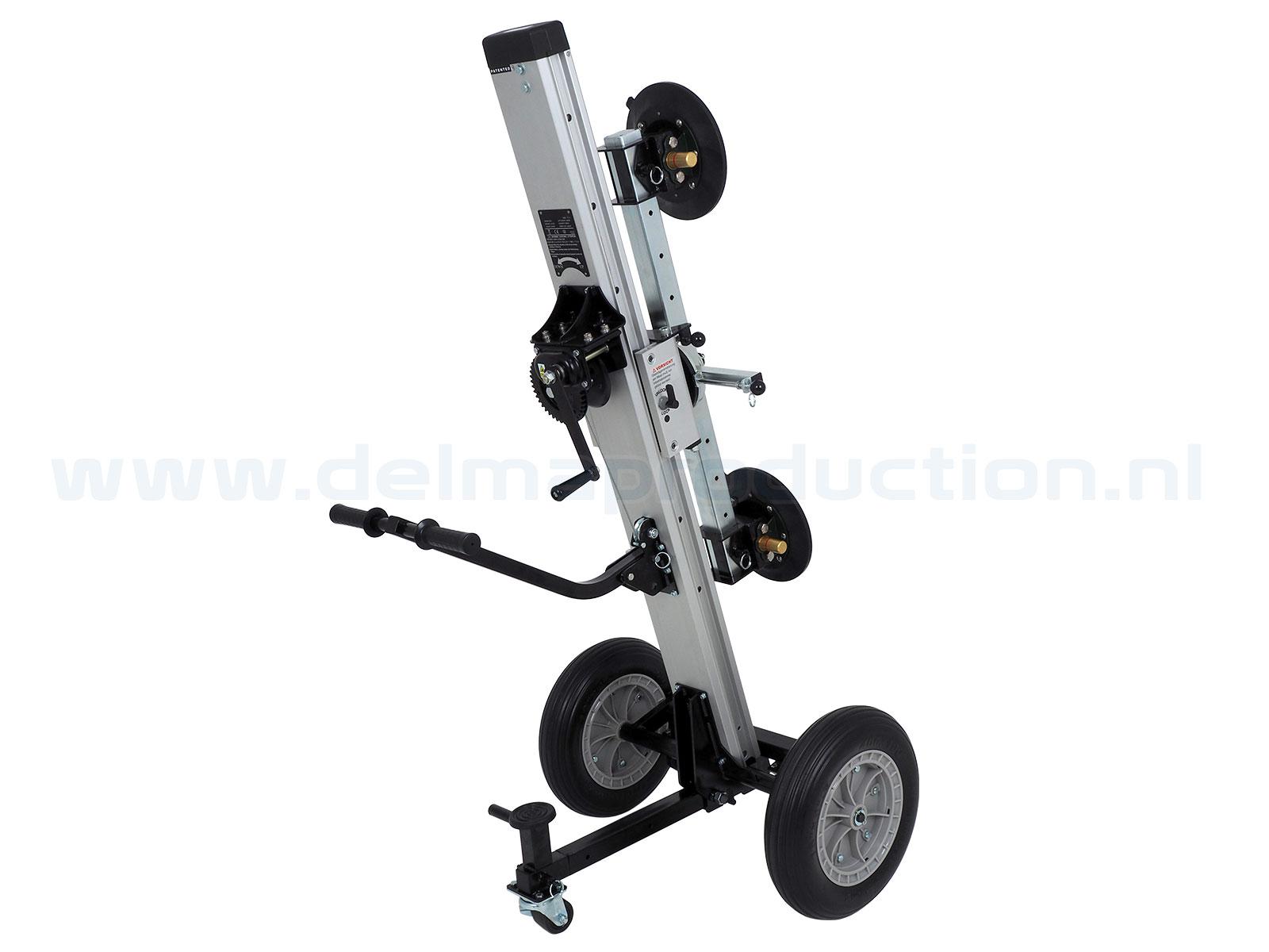 Glas transport- en montagelift Max. hoogte: 1,60 m Gewicht: 49 kg Wielen: 4 stuks (2 geremd) Vloeroppervlak: 1,4 x 1,4 m Draagvermogen: 180 kg (2)