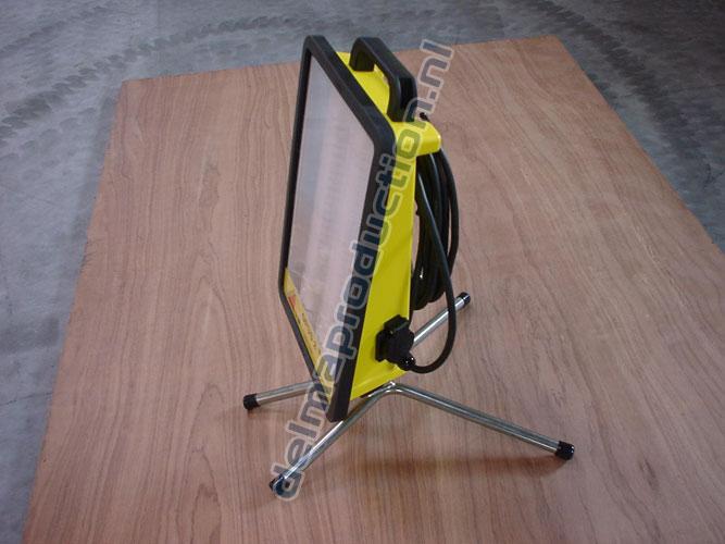Floor Tripod stand Opus Standard (2)