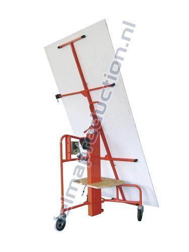 Platenlift handbediend 4,1 m 3 wielen (1)