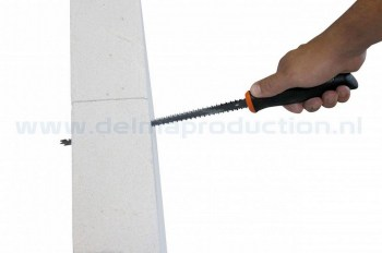 2730040-Drywall-jaw-saw-cellular-concrete-web