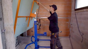 SEA-450-Drywall-panel-hoist-positioning-2-web